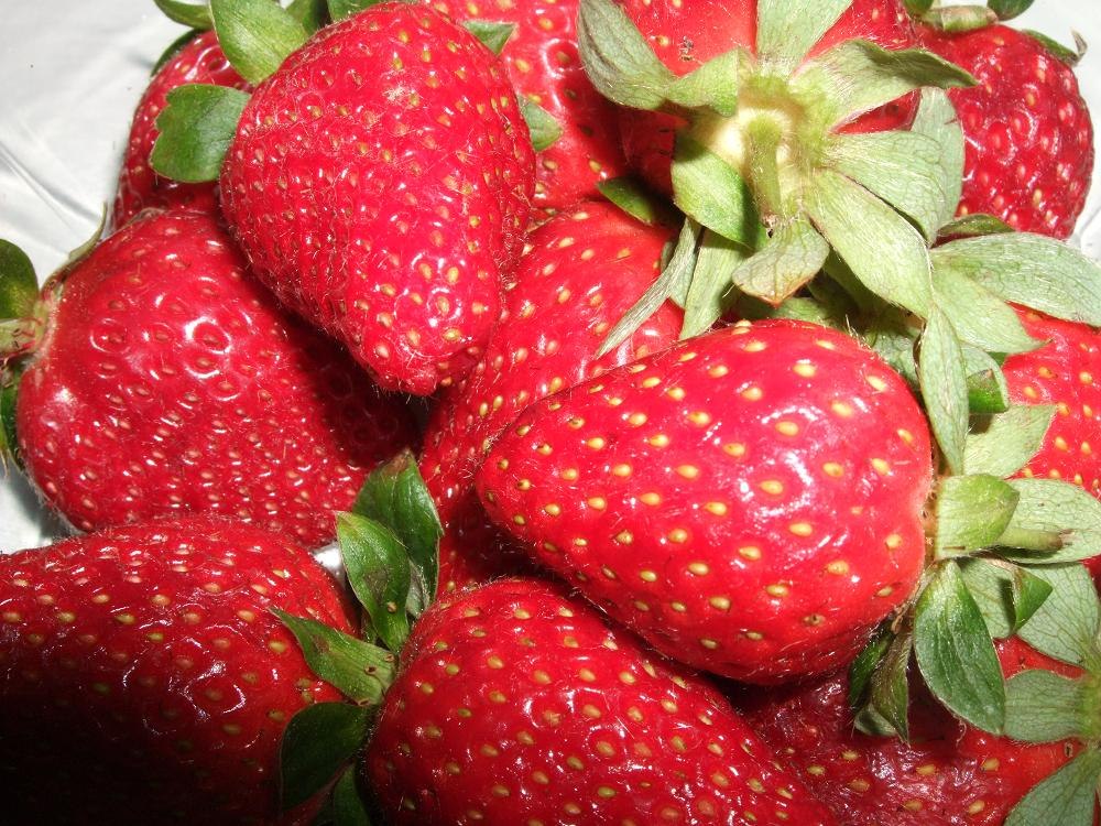 strawberries 003small